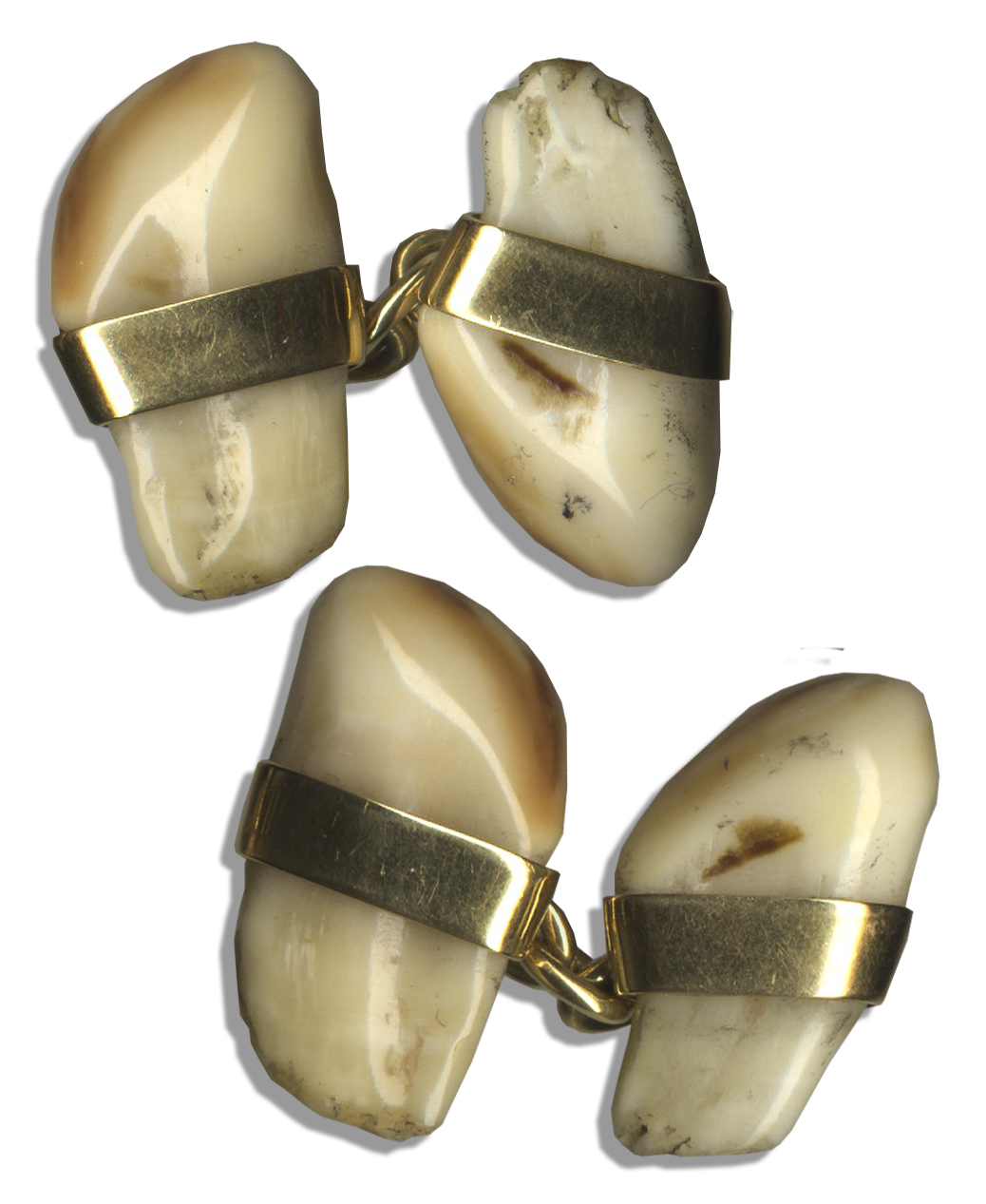 King Edward Memorabilia Cufflinks Personally Owned by The Duke & Duchess of Windsor -- Gold Jewelry With Deer Teeth