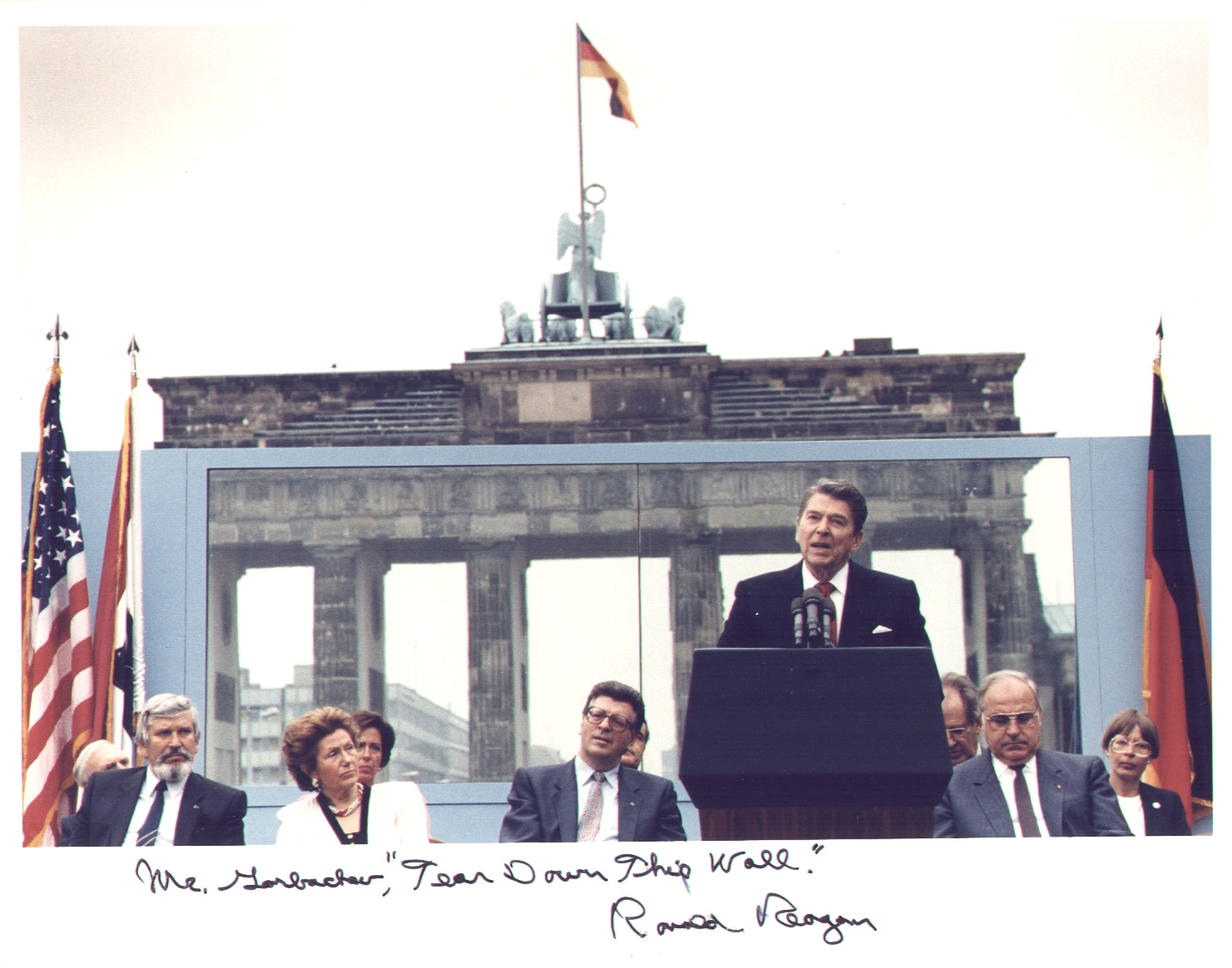 Ronald Reagan Memorabilia Auction Reagan Autographed 8x10 Signed Photo